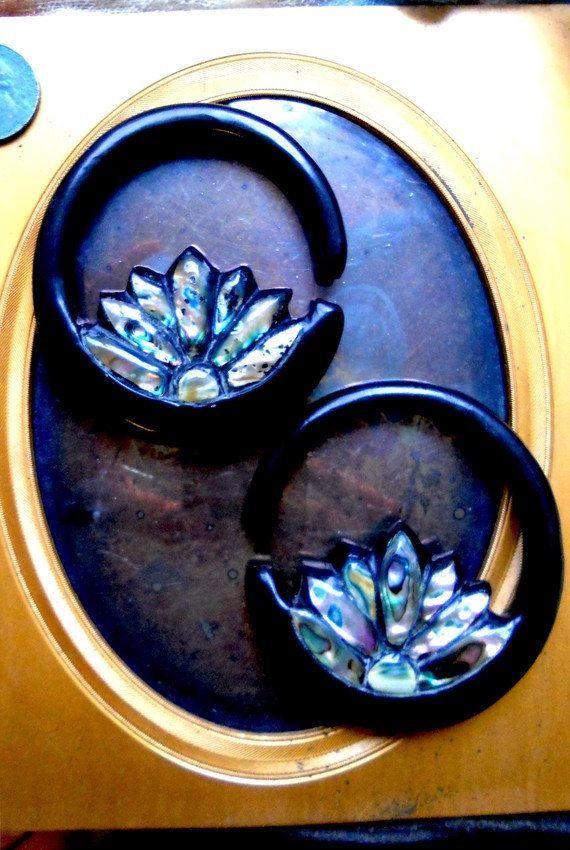 Paua Inlay Lotus Hoop Ear Plugs 0 Gauge by OpulentAntiquity, $70.00