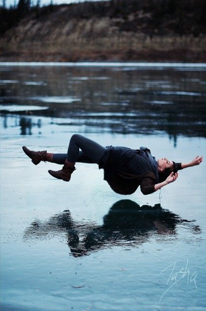 How to take great levitation photos and trick photography by reducing motion blur | Trick Photography