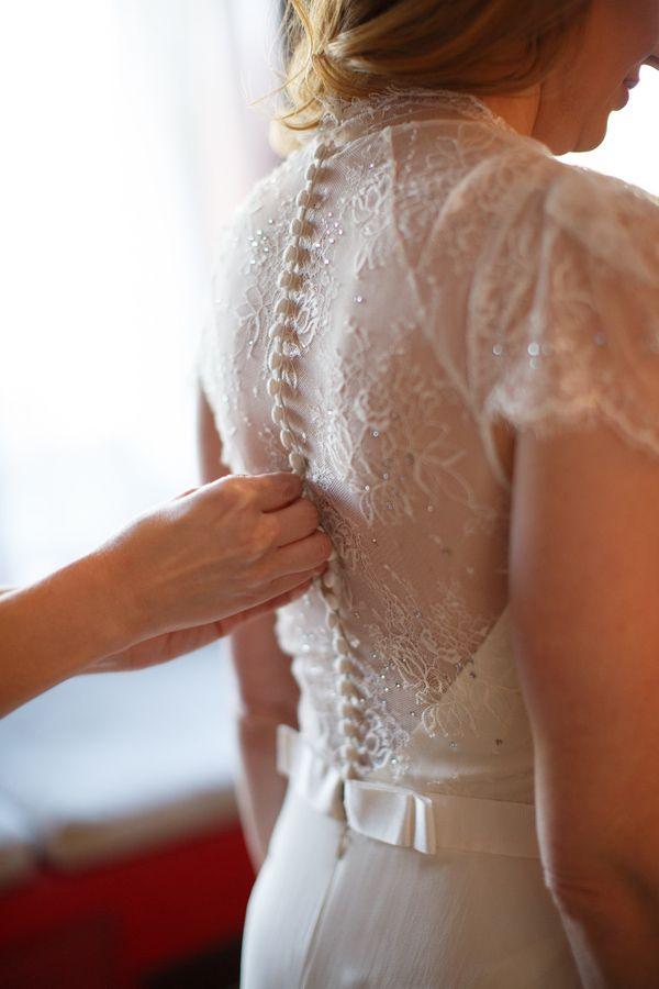 Beautiful detail on Jenny Packham wedding dress, photo by Jennifer Bowen Photography   junebugweddings.com