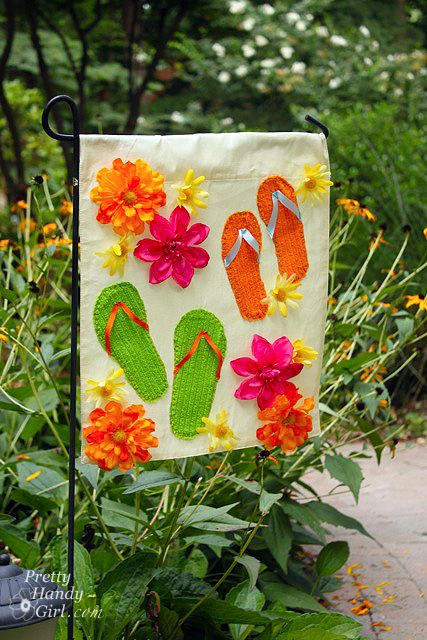 17 Best Ideas About Garden Flags On Pinterest Monogram