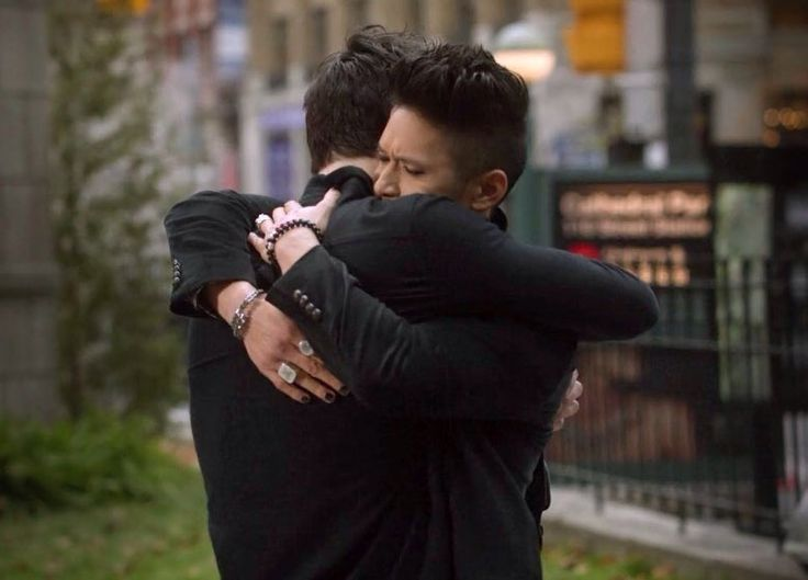 Malec for life💛💚💜💙❤💟💗💖💋