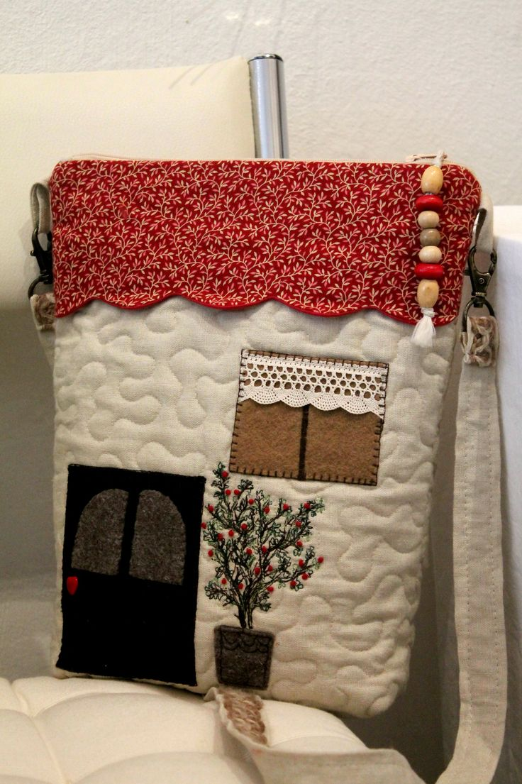 my house-bag, by Melinda Suranyi - 2015- www.melipatch,com