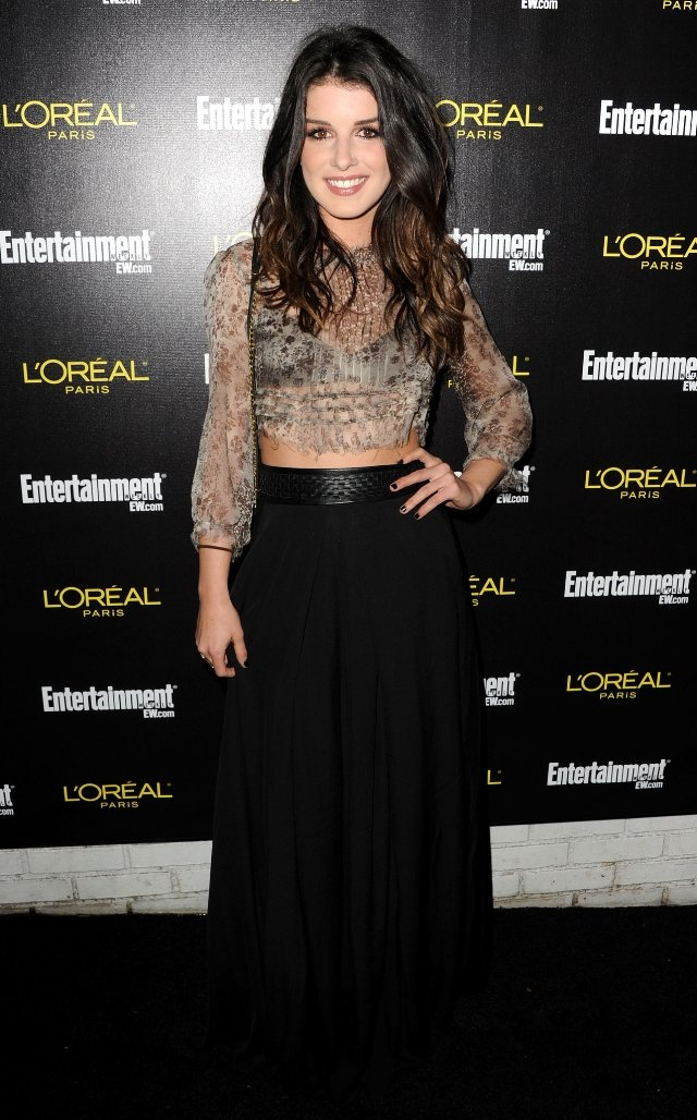 Shenae Grimes - I have the biggest girl crush ever! Love her style and she's beautiful!