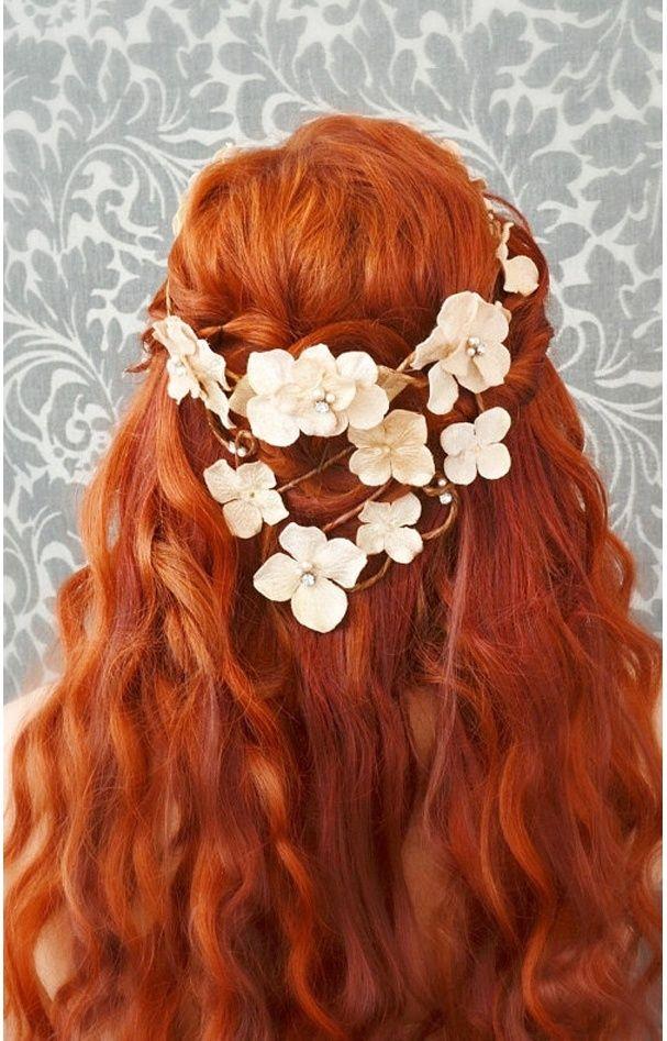 le roux incandescent coiffures pinterest roux coiffures et cheveux. Black Bedroom Furniture Sets. Home Design Ideas