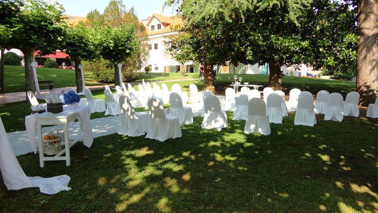 Bodas Civiles en los Jardines del Gran Hotel Balneario de Puente Viesgo  #bodas #gastronomía #bodasencantabria www.balneariodepuenteviesgo.com