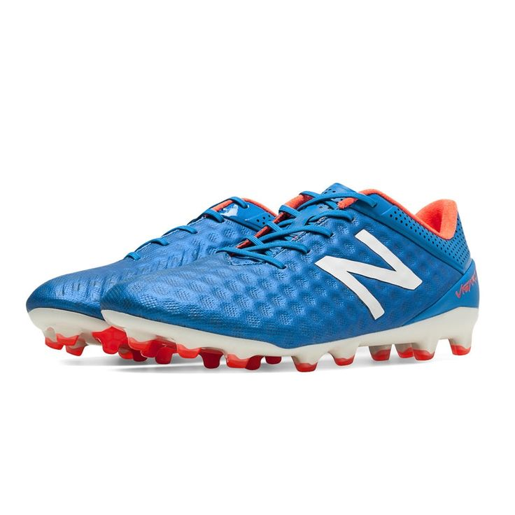 The New Balance Visaro Pro FG soccer cleats have been featured on the feet of Fellaini, Aaron Ramsey, and Samir Nasri, but no one knew what to call them. These New Balance soccer cleats are perfect for controlling the ball and controlling the game. The soft, lightweight upper helps with the touch and feel for the best control. Get your New Balance cleats today at SoccerCorner.com  http://www.soccercorner.com/New-Balance-Pro-Visaro-FG-Soccer-Cleats-p/sm-nbmsvrofbo.htm