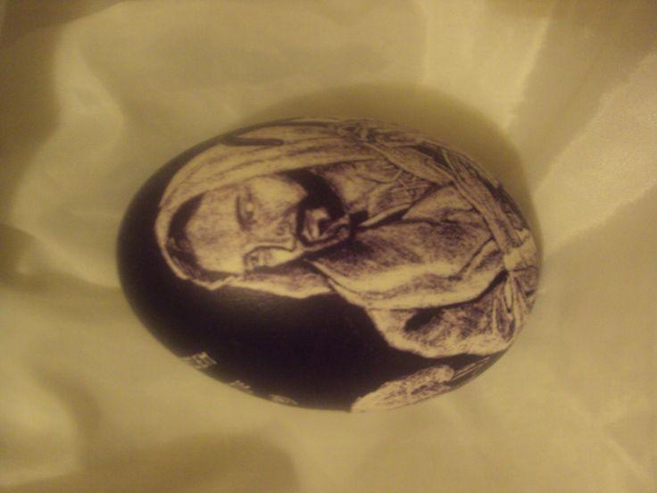 Kraszanka drapana na jajku gęsim