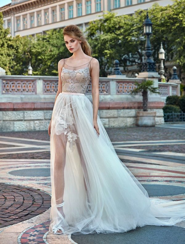 Two Gowns In One 26 Fashion Forward Convertible Wedding Dresses Youll Love
