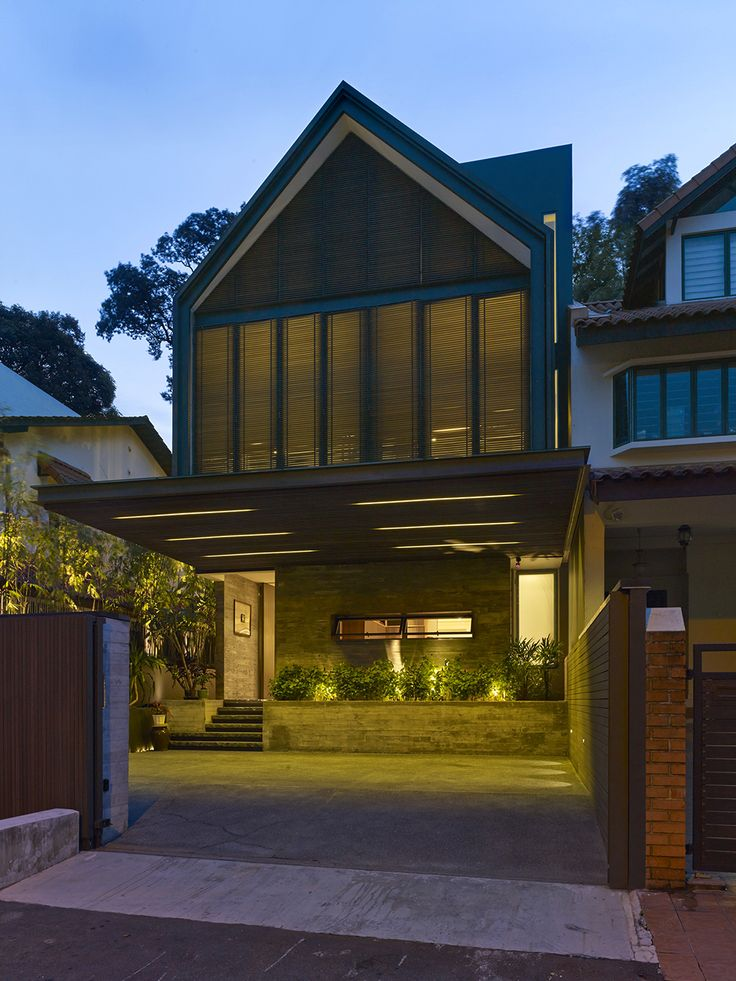 Private house Y-House, Singapore,  designed by studio Silver + Ong.