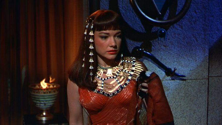 Cecil Taylor - Nefertiti The Beautiful One Has Come