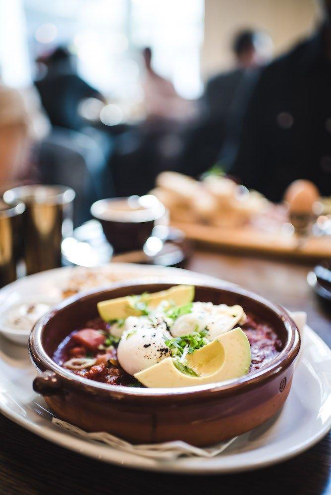 Café Medina, Vancouver. Der perfekte Brunch-Spot!