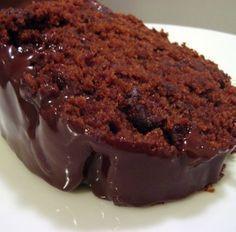 Receita de Bolo de Chocolate Fofinho mais elogiada do site Multi 1* Receitas. Vale apena experimentar.