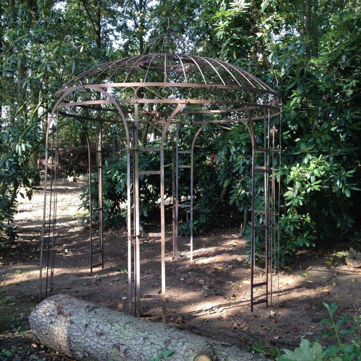 Smeedijzeren prieel rond 2 5 meter doorsnede landelijke stijl wonen - Leuningen smeedijzeren patio ...