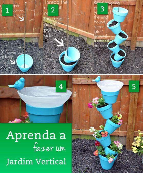 Que tal criar um jardim vertical divertido? É fácil e rápido de fazer! Mãos à obra! MATERIAIS 7 vasos de plástico pequenos 1 vaso de plástico médio Tinta primer spray Tinta azul spray 1 vergalhão de aço COMO FAZER? 1) Fixe o vergalhão de aço na terra.Pinte os vasos com a tinta spray azul (ou [...]