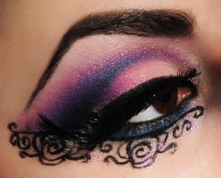 111 best Gothic Make-up images on Pinterest   Halloween makeup ...