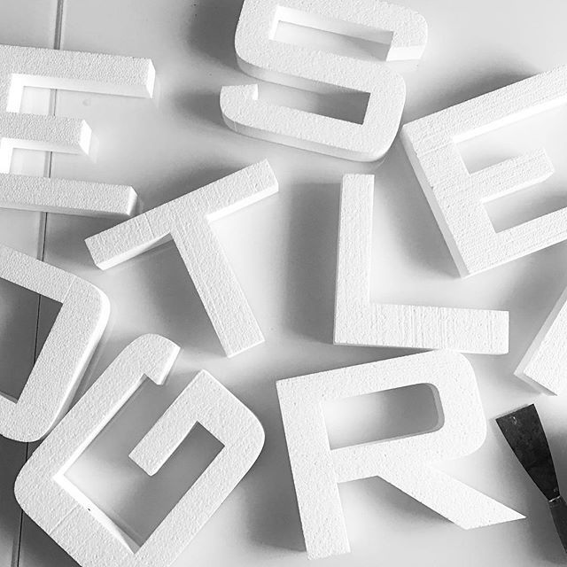 Ready for our new project #Felizol #letters #3D #workinprogress #φελιζόλ αν θέλετε και εσείς γράμματα ή το #logo σας σε τρισδιάστατο σχήμα από φελιζόλ καλέστε μας στο 6939051709