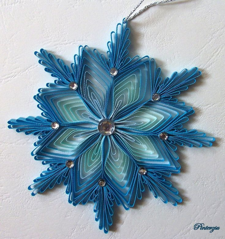Quilled snowflake by pinterzsudeviantartcom on DeviantArt Quilling