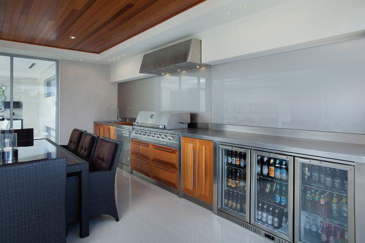 Outdoor kitchen, alfresco area
