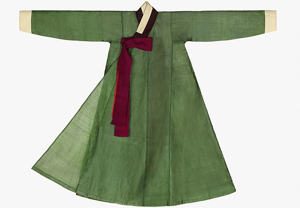 Jang-ot (Coat Style Veil) of Princess Deok-on |  Princess Deok-on (the third daughter of King Soonjo, 1822~1844) | Important Folklore Material No.211 Seok Juseon Memorial Museum, Dankook University