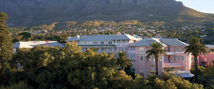 Mount Nelson Hotel - the pink lady - the best place for afternoon tea, coffee meetings or a tasteful cocktail.