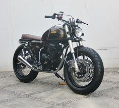 THE BROWNIE SCRAMBLER – YAMAHA SCORPIO '07 | StudioMotor