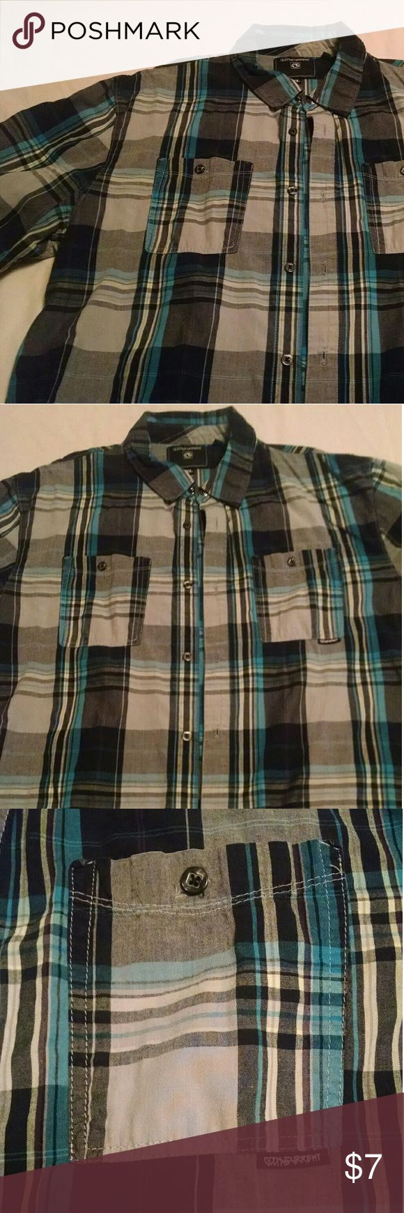 Men's Ocean Current Short Sleeve Button-Up Men's Ocean Current Short Sleeve Button-Up - Good Condition - Blue, Gray, Black and Pale Yellow Ocean Current Shirts Casual Button Down Shirts