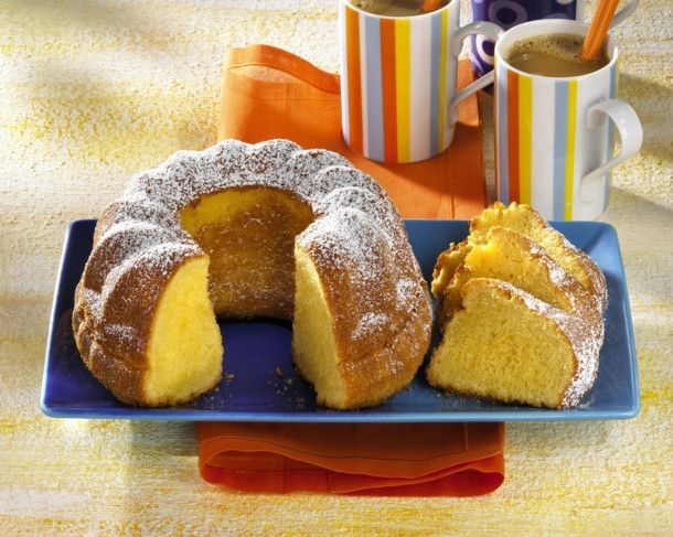 Unser beliebtes Rezept für Eierlikör-Becherkuchen und mehr als 55.000 weitere kostenlose Rezepte auf LECKER.de.