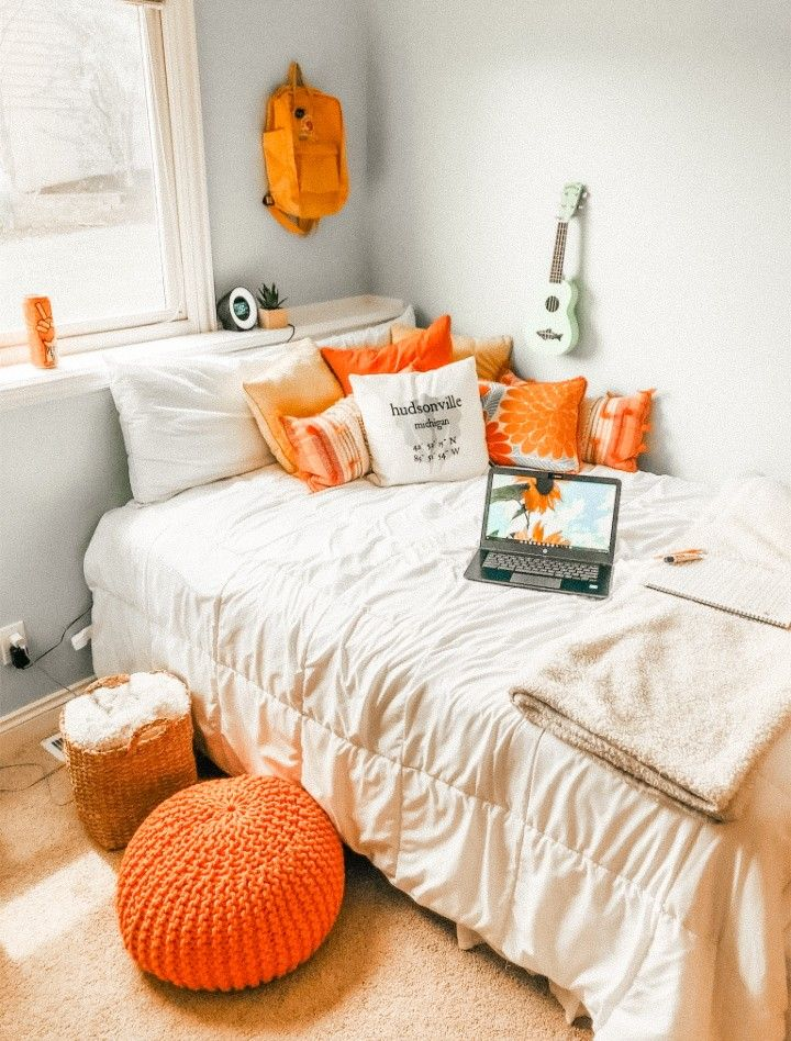 𝚎𝚍𝚒𝚝𝚎𝚍 𝚋𝚢 𝚊𝚞𝚍𝚎𝚢 𝚠𝚒𝚝𝚑 𝚕𝚒𝚐𝚑𝚝𝚛𝚘𝚘𝚖 𝚙𝚛𝚎𝚜𝚎𝚝𝚜 Fall Room Decor Room Decor Room Inspiration Bedroom