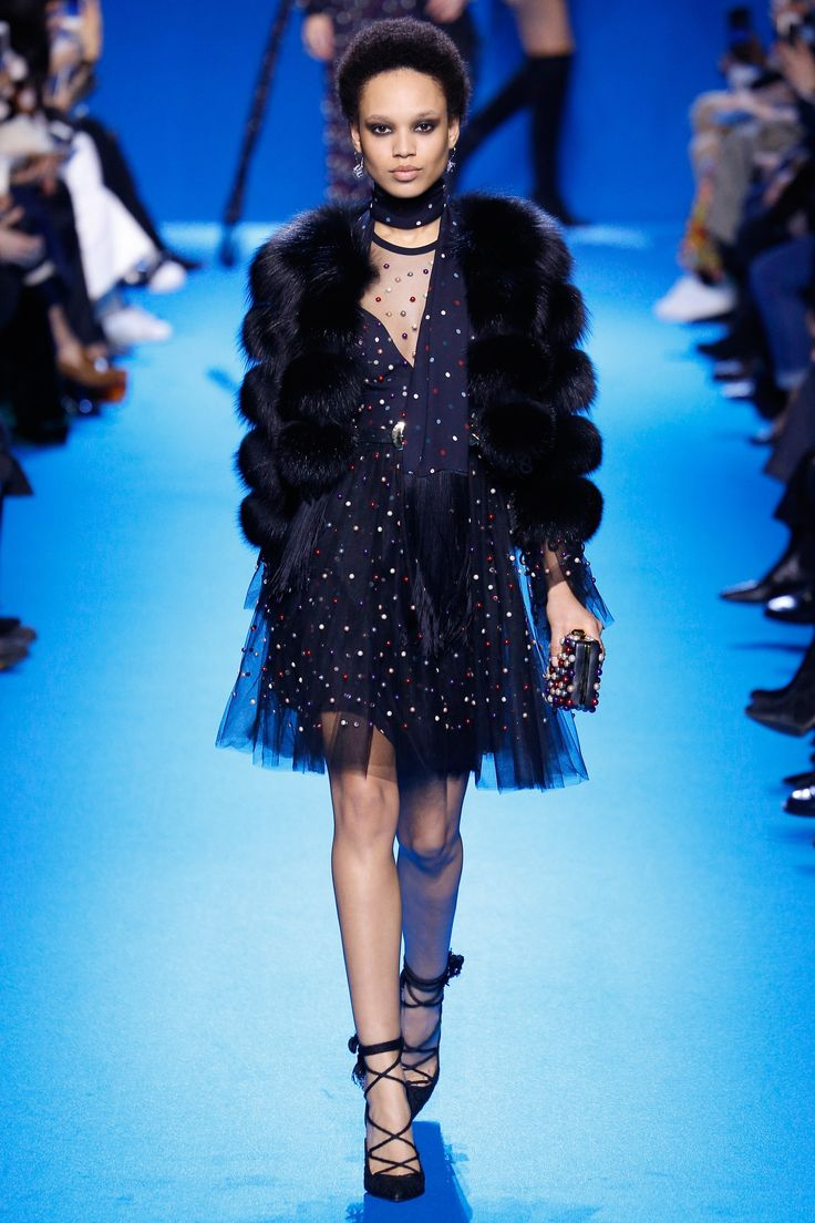 Elie Saab Fall 2016 Ready to Wear Collection Photos   Vogue