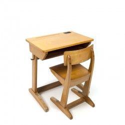 25 beste idee n over kind bureau op pinterest kinderen bureau gebieden kinderen huiswerk - Stoel tuin leroy merlin ...