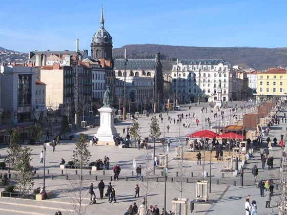 116 best images about clermont ferrand france on pinterest sister cities places and charades. Black Bedroom Furniture Sets. Home Design Ideas