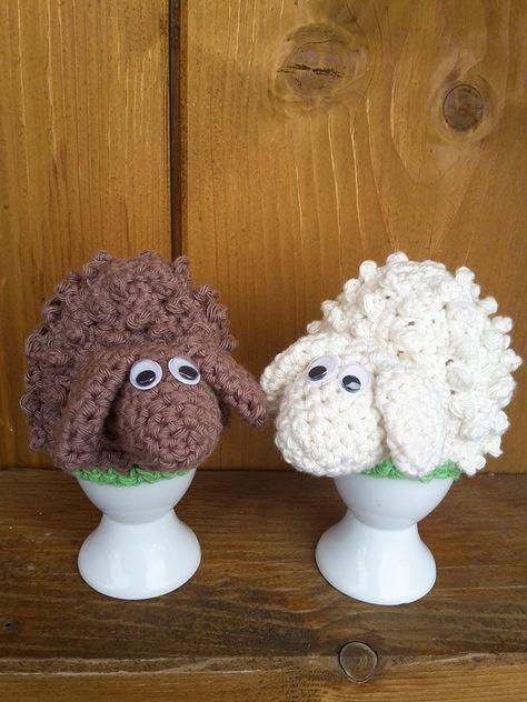 Ostern-2017 Was du benötigst: ca. 15g Wolle ( am besten verwendest du Handarbeitsgarn aus 100% Baumwolle, dadurch werden die Eierwärmer schön stabil. Natürlich kannst du auch jede andere Wolle nehmen) in der Farbe weiß oder braun, für eine 3mm Häk