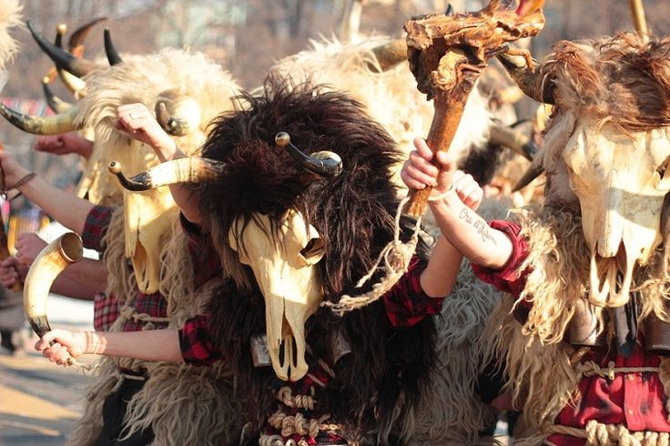 #surva #festival #kukeri #surva2017 #perniik #mask #carnival #bulgaria #кукери #сурва2017 #маски #интересные #путешествия #фото #традиции #народные #travel