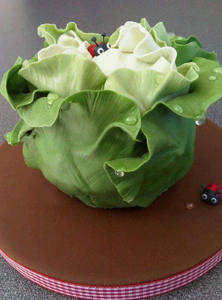 **Cabbage cake with ladybugs