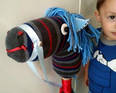 Cavallo-scopa con calzino!