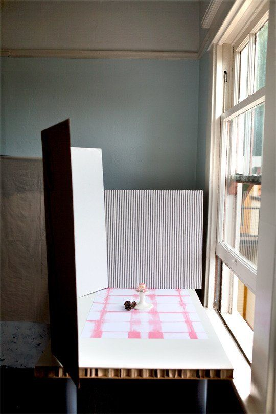 Setting Up a Photo Studio on the Cheap — Super Photo Magic School | Apartment Therapy
