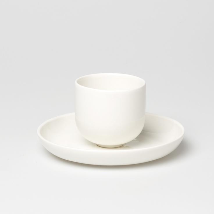 Kuru cup and plate.