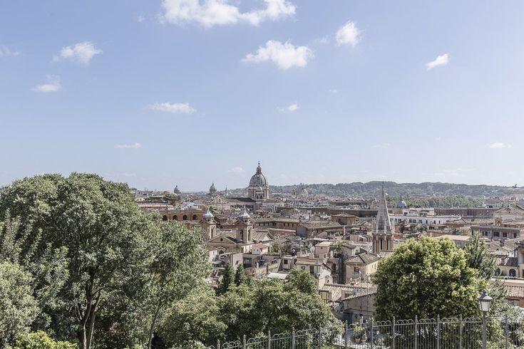 Vue sur Rome depuis les environs de la villa Medici