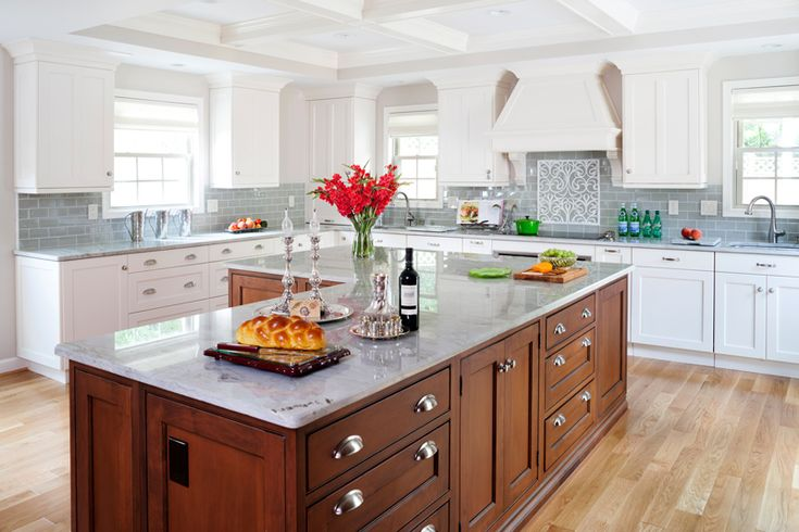 traditional kitchen designs photo gallery | TRADITIONAL KITCHENS