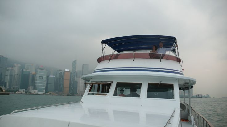 Private harbour trips in Hong Kong