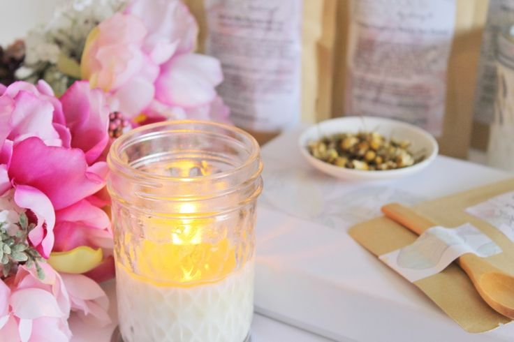 Flora Soy Wax Candle​Scented with essential oils of Rose Geranium, Lavender and Pettigrain.Our soy wax candles are a wonderful gift for someone special or a lovely treat for yourself. This blend of essential oils is truly invigorating and will leave you feeling relaxed yet ready to take on the world! Why not brew lovely cup of our Invigorate Me earl grey tea while soaking into a lovely hot bath. ahhh sounds like bliss! The combination of a candle, organic tea and our tub tea is sure to…