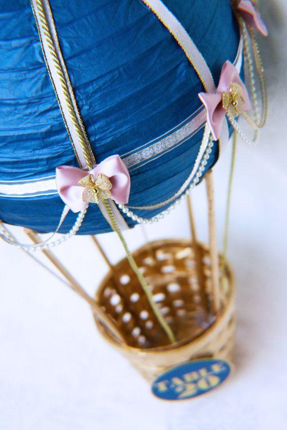 Hot Air Balloon Wedding Table numéro pièce par CraftedByYudi
