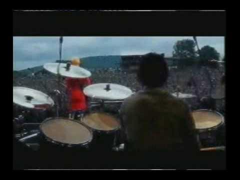 "Placebo ""Slackerbitch"" live at Eurockeennes 1999"