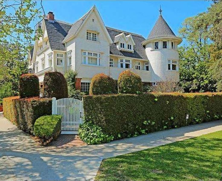 Cheaper by the Dozen Movie House For Sale 357 Lorraine Blvd - http://hookedonhouses.net/2016/04/14/the-cheaper-by-the-dozen-movie-house-is-for-sale-and-gorgeous/