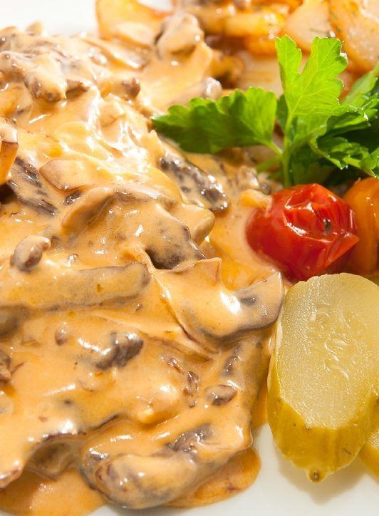 Low FODMAP Recipe and Gluten Free Recipe - Beef stroganoff with sautéed potatoes        http://www.ibssanoplus.com/beef_stroganoff_sauteed_potatoes.html