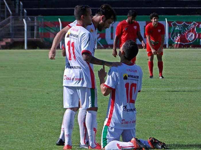 O Mogi Mirim fez seu primeiro jogo como mandante em Limeira, diante do Velo Clube, que estragou a festa de aniversário do Sapão vencendo a partida por 2x1