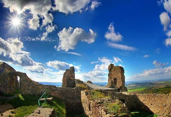 Kudy z nudy - Zřícenina hradu Lichnice