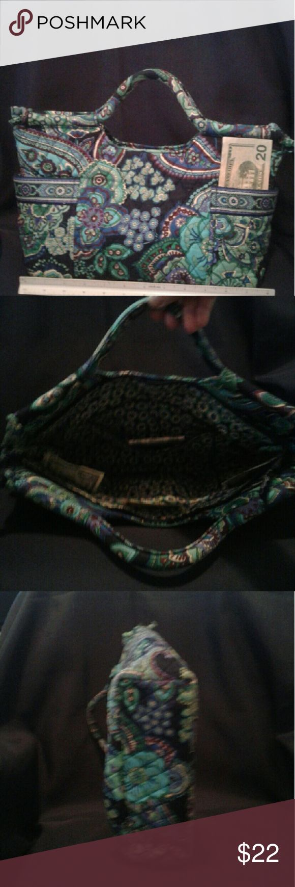 Vera Bradley purse Many pockets inside and out. Good condition from smoke free house Vera Bradley Bags Satchels