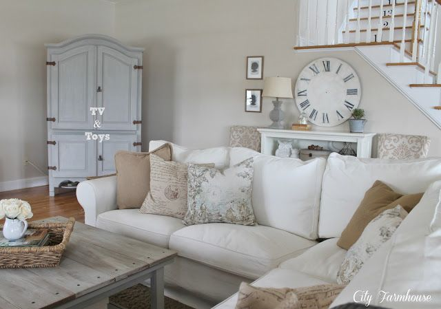 Family room reveal thrifty pretty functional cottage for Functional living room