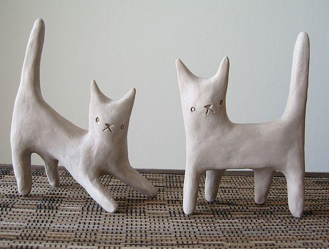<3 //// little clay kitties do in paper mache